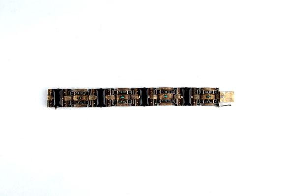Armband von Theodor Fahrner (Co.) auf artnet