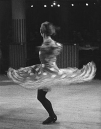 danseuse cancan, moulin rouge paris by ilse bing