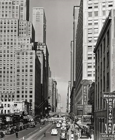 ny 42nd st looking west from 3rd ave el sta by andreas feininger