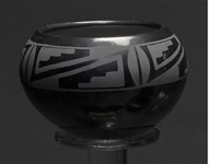 a san ildefonso bowl by maria and santana martinez
