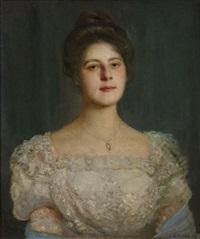 portrait einer jungen frau im herrschaftlichen weißen spitzenkleid by georg tyrahn