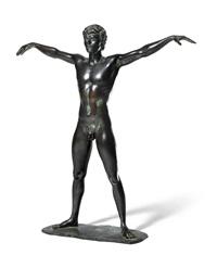 stehender athlet mit ausgebreiteten armen by arno breker