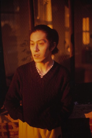 inoue in my apartment, nyc by nan goldin