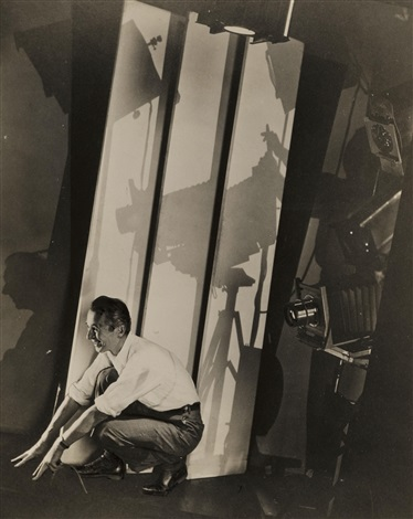 self portrait with photographic paraphernalia for vanity fair by edward steichen