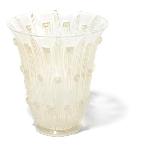 vase bellis by rené lalique
