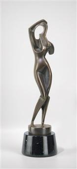 frau ihr haar kämmend (standing woman combing her hair) by alexander archipenko