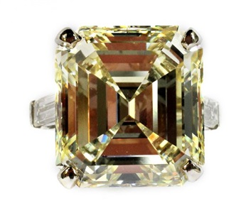 2008 ct fancy natural yellow emerald cut diamond platinum ring