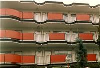 motel, minneapolis by dan graham