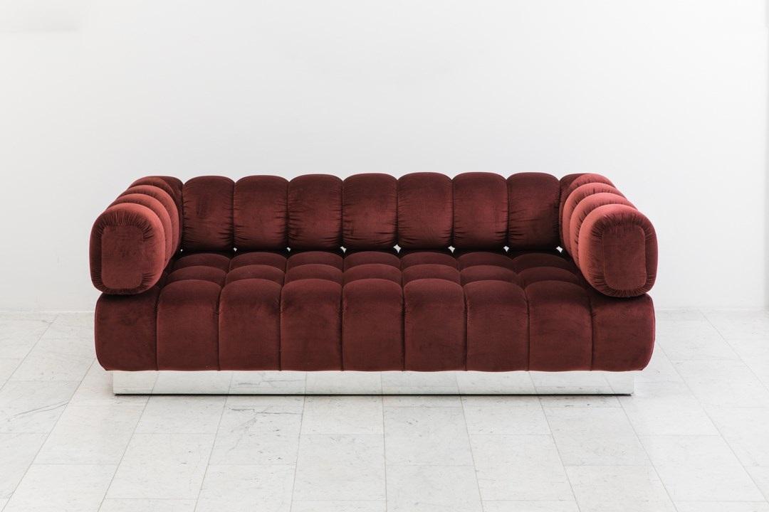 Jumbo Tufted Sofa Von Todd Merrill Auf Artnet