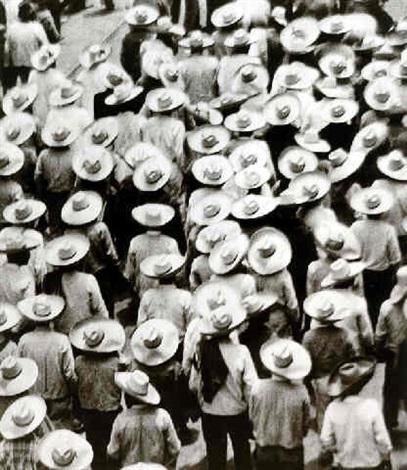 workers parade (32198) by tina modotti