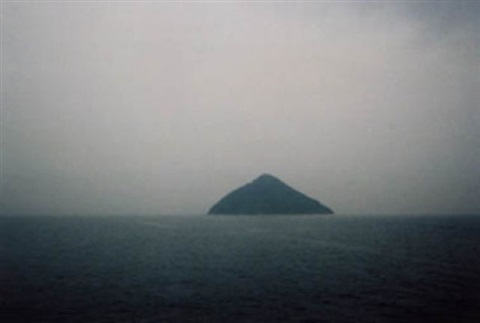 les archives du coeur, insel ejima, japan by christian boltanski