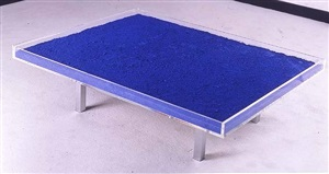 table bleue by yves klein