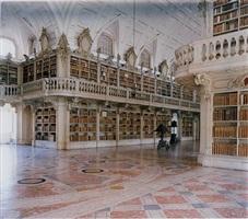 <!--46-->biblioteca do palacio e convento de mafra iv by candida höfer