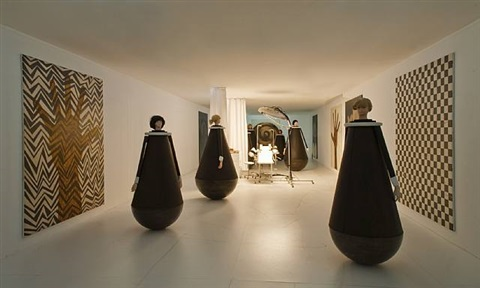 installation view by thomas zipp