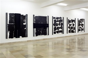 senza titolo - installation view by jannis kounellis
