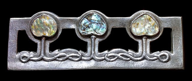 important glasgow style brooch by edgar gilstrap simpson