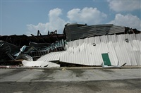 collapsed building by zoe strauss