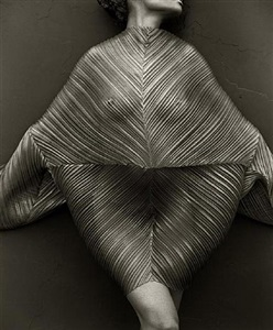 wrapped torso, los angeles by herb ritts