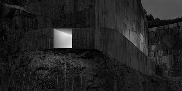 muros de luz 001 by aitor ortiz