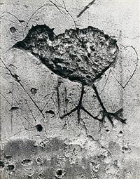 graffiti de la série v, animaux: chimère by brassaï