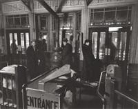 el station, 72nd street by berenice abbott
