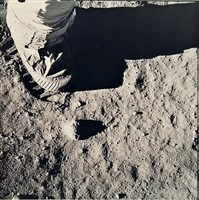apollo 11, buzz aldrin's boot and footprint in the lunar soil