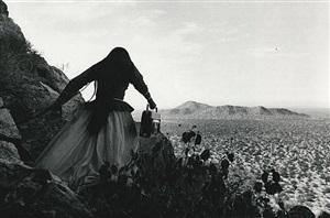 mujer ángel / angel woman, sonora desert by graciela iturbide