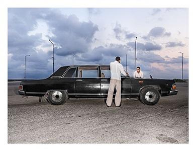 un dia de 1984, from the series re-construcción by alejandro gonzález