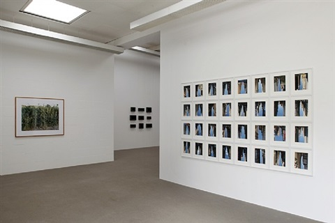 "ausstellungsansicht ""play it again, sam"" (2012)<br>re: peter wegner, buildings made of sky i, 2007"