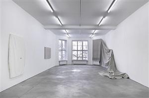 installation view: bathroom sink, etc., sprüth magers berlin