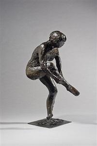 danseuse mettant son bas by edgar degas