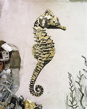 seahorse, scrap metal by vik muniz