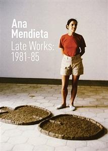 ana mendieta with<i> figure con nganga</i>, american academy, rome, 1984