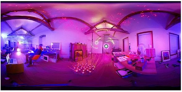 chris levine in his studio