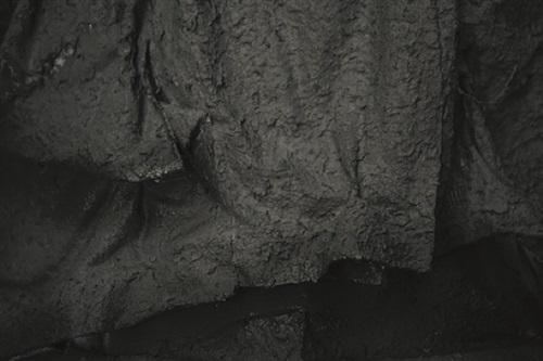 kabine 2 (kleiderleichen) (detail) by frank balve