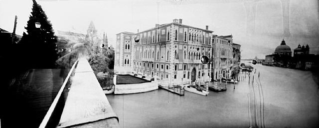 "pinhole 048/ canal grande, venezia, 10'05"" by laura fiorio"