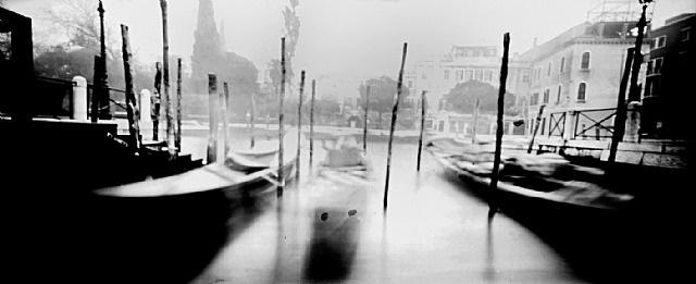 """pinhole 042/ rio dei tre ponti, venezia, 4'30"""" by laura fiorio"""