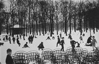 les enfants dans la première neige jardiin du luxembourg, paris by edouard boubat