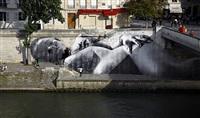 28 millimètres, women are heroes - exhibition in paris octobre 2009, ile saint-louis - delivery in paris, under the sun by jr