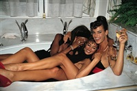 three models in a tub, naomi campbell and christy turlington, linda evangelista, paris by roxanne lowit