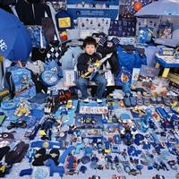 kihun and his blue things by yoon jeongmee