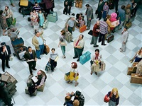 crowd #7 (bob hope airport) by alex prager