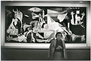 jacqueline in front of guernica by david douglas duncan