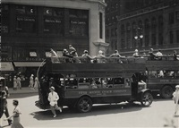 fifth avenue coach, new york by berenice abbott