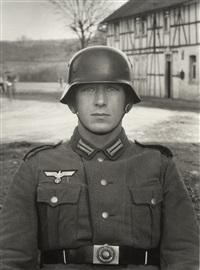 soldat / soldier by august sander