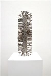 column by günther uecker