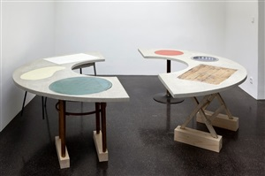 runder tisch/round table by sonia leimer
