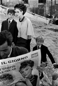 hb rome i (model with newspaper and children) by frank horvat