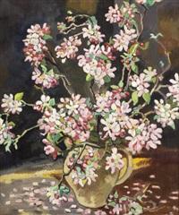 vase de fleurs sur fond noir by louis valtat