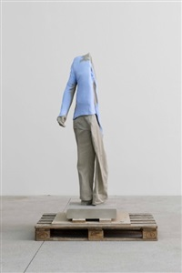 trivial pursuit by erwin wurm